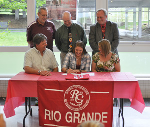 Ashland Paul Blazer's Julia Heaberlin is surrounded by family, friends and coaches as she signs with Rio Grande