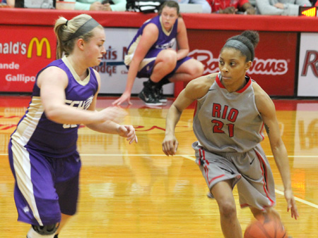 Rio's Brianna Thomas works around a defender during the first half of Wednesday night's win over Cincinnati Christian