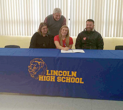 Gahanna Lincoln's Jenna Holder is joined by her parents and Rio coach Callum Morris as she signs with the RedStorm