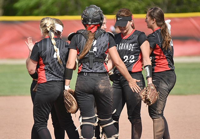 Rio Grande moved one position to No. 18 in the latest NAIA softball coaches' poll