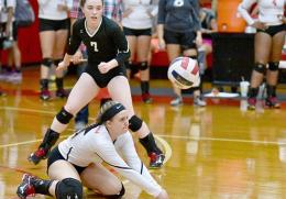 Rio Grande's Baleigh Bradley goes to her knees to receive a serve in Wednesday night's loss to Pikeville